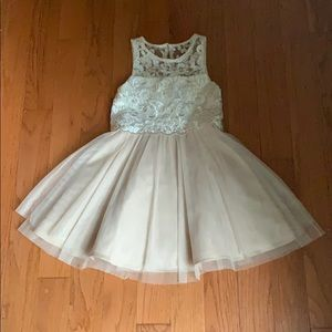 Beautiful girls dress with lace top.